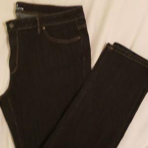 Liz Claiborne City Fit Straight Leg Jeans